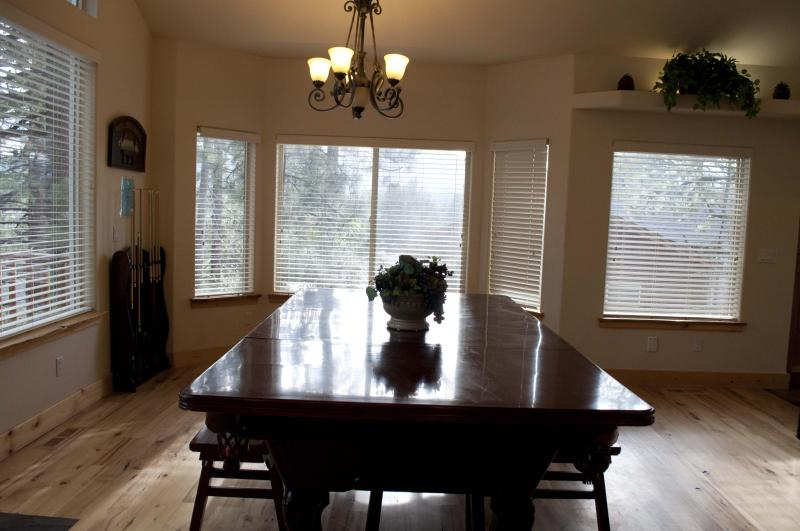 Convertible Dining Table and Billiard Table