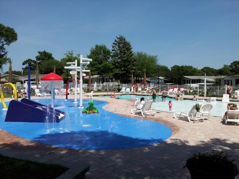 Pool #3 (Outdoor) - Includes 1/2 ft deep 'kiddie' pool and splash water park.