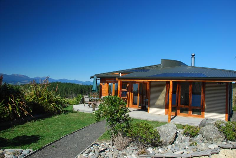 Mapua Heights Cottage - 'A gem among gems', Nelson, location de vacances à Motupiko