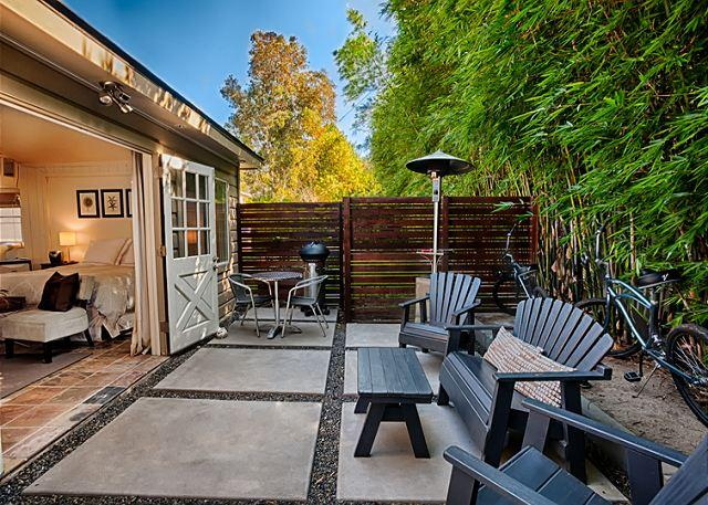 Secluded private outdoor patio w/BBQ and patio furniture.
