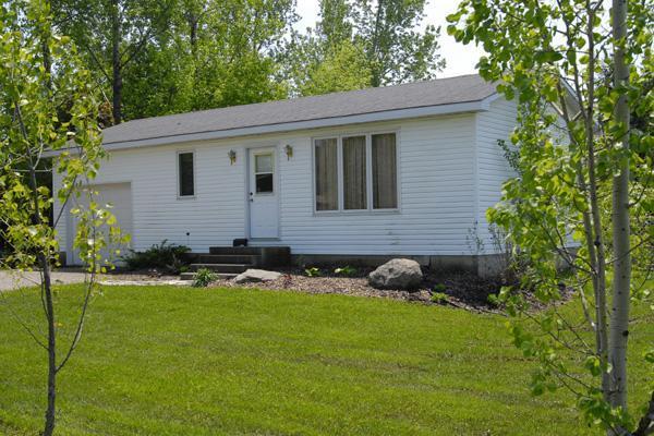Bayfield, Ontario 2 bedroom cottage, holiday rental in Bayfield