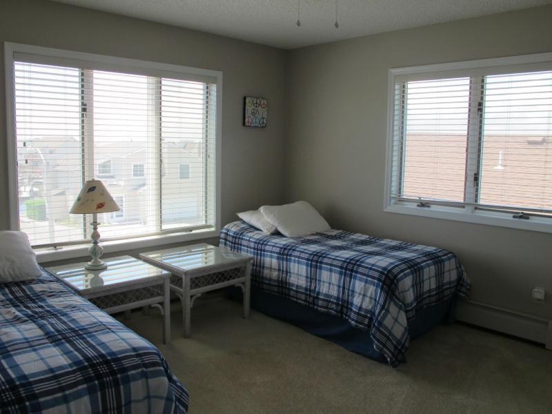 3rd Floor Front Bedroom - Great Views