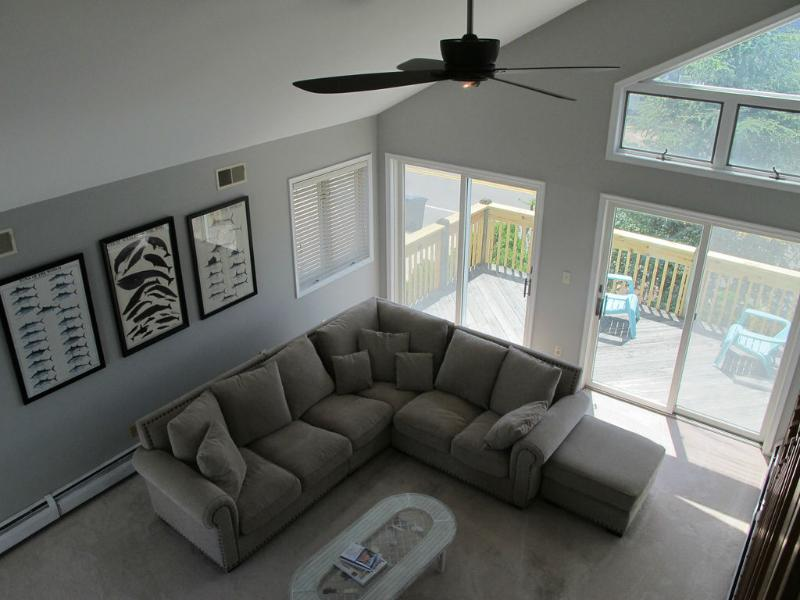 Living Room - Cathedral ceilings