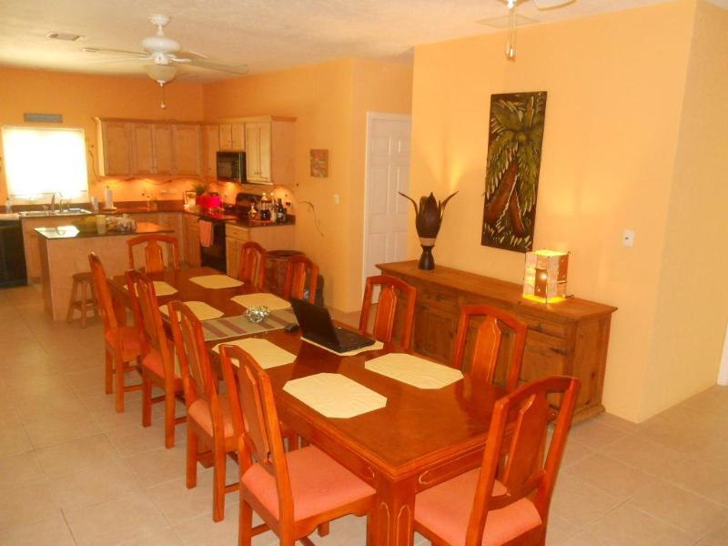 Dining Room - Seats 12