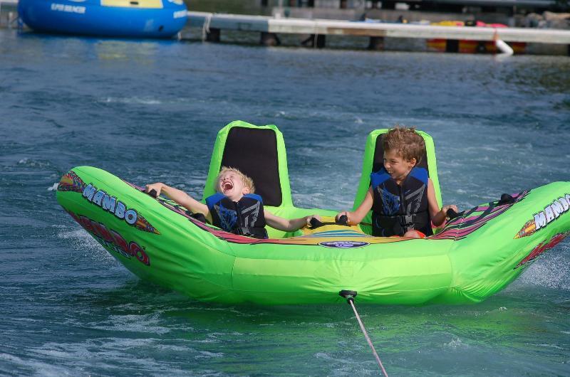 Lago Pend Oreille es increíble diversión familiar!