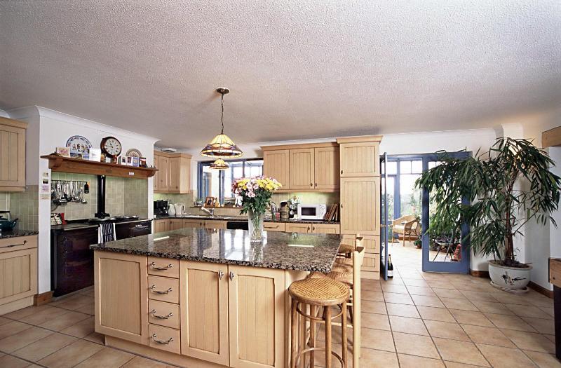 Cornwall 6 Bed Luxury House with Stunning Views, location de vacances à Liskeard