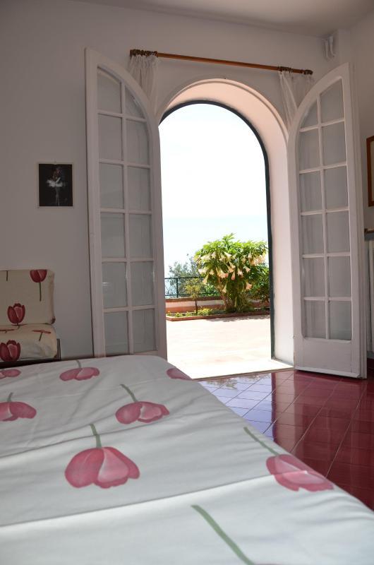 sovrummet vy på terrassen