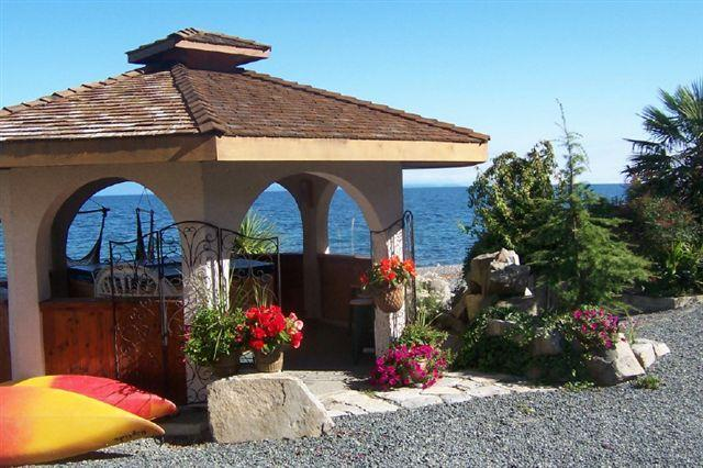 Relax in our Oceanfront Gazebo and Hot Tub, & watch the  bald eagles soar above & cruise ships pass
