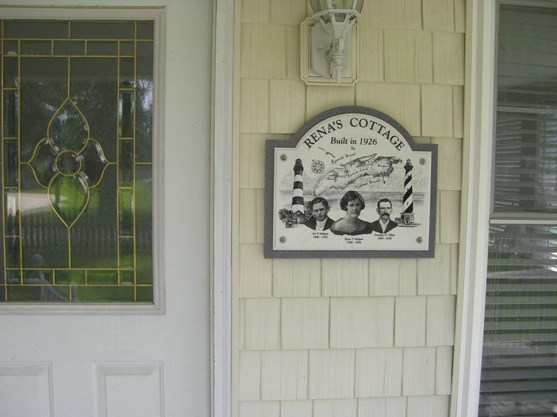 Front Entry with \'Rena\'s Cottage\' marker