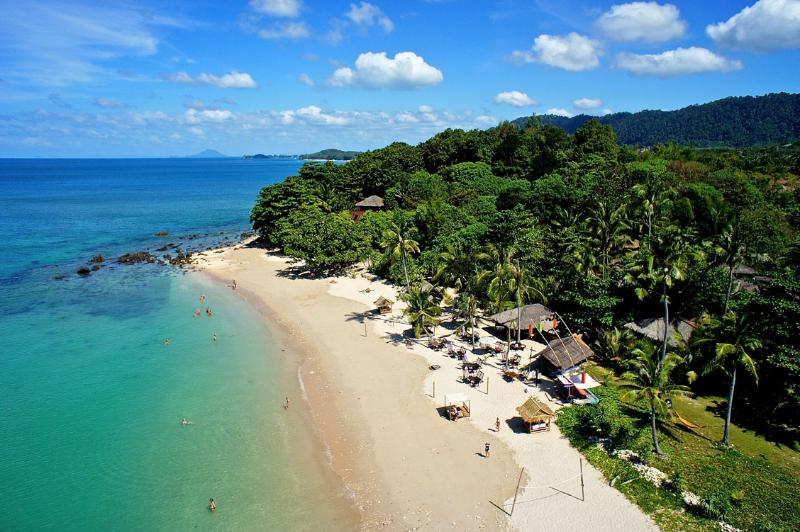 The Local Beach | The Levels | luxury, sea-view, villa for rent, Koh Lanta, Thailand