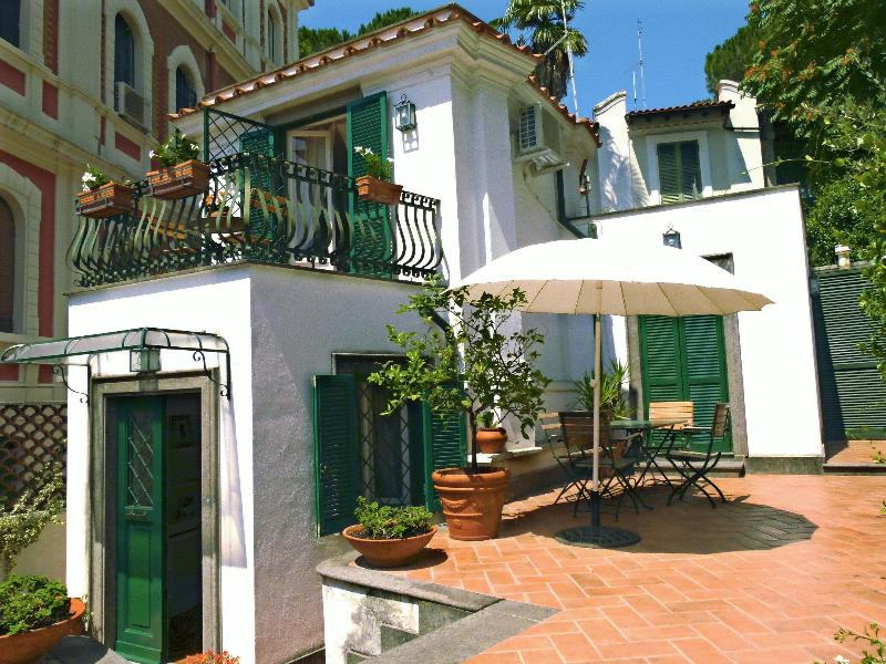 Cottage in Monteverde Vecchio, holiday rental in Rome