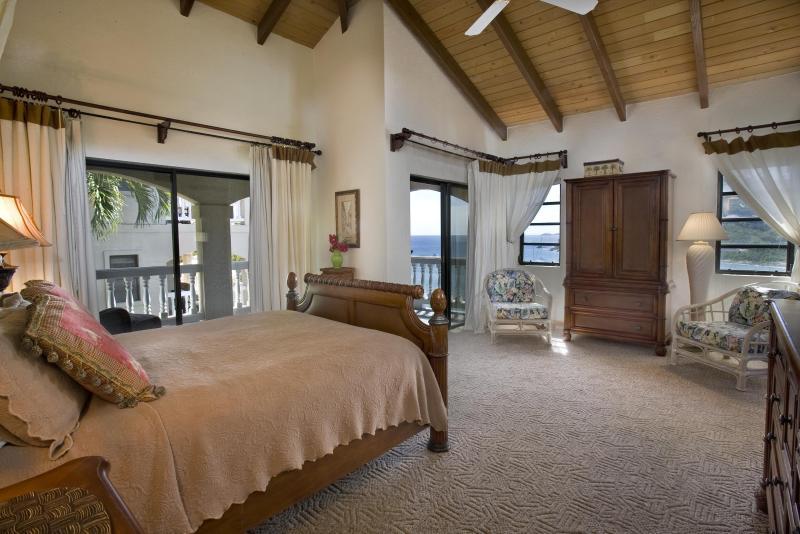 Dormitorio de arriba en la foto de la villa de luna de miel tomada 6/2013
