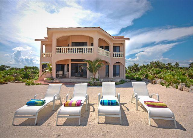 Casa Dena luxury beachfront villa on Tankah Bay