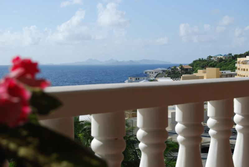 1 Bdrm Condo with Superlative Views of St. Barts, holiday rental in Philipsburg