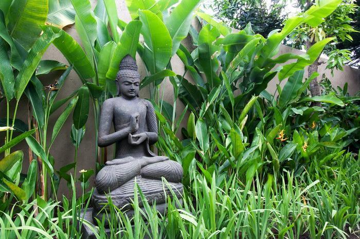 Bouddha veille sur la Villa