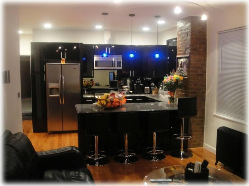 'Precious Jewel of Astoria' 10min to MIDTOWN (NYC), vacation rental in New York City