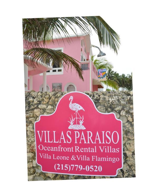 Villas Paraiso Beach Entrance