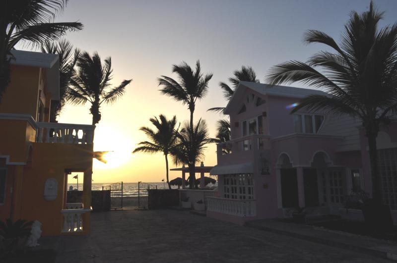 Villa Flamingo Greets the Dawn