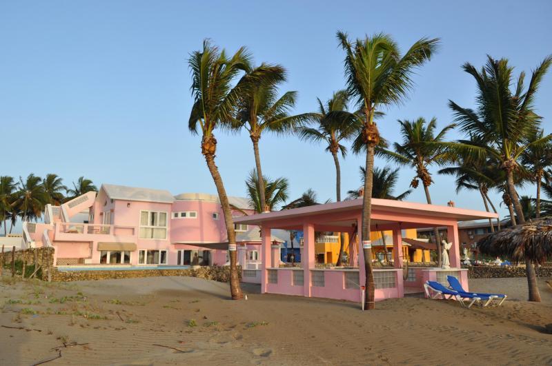 Villa Flamingo From Beach