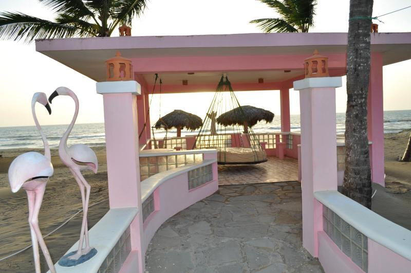 Villa Flamingo Beach Pavillion