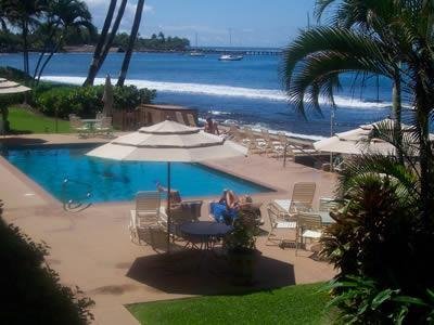 OCEANFRONT 1 BEDROOM CONDO  SPECTACULAR VIEWS!, holiday rental in Lahaina