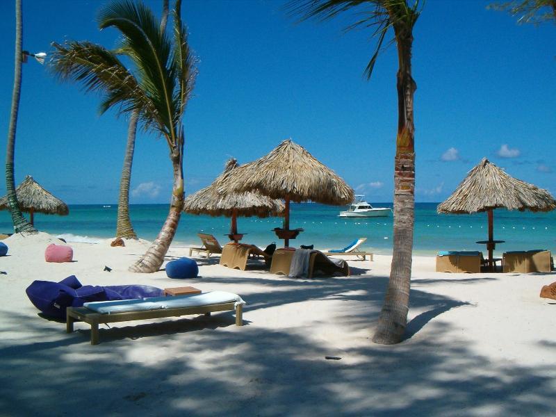 Libre de Pulpo cojo club de playa & restaurante junto a la villa, caminar, no conduzcas