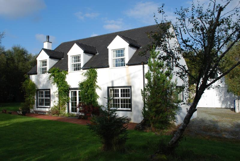 Tigh Mo Chridh B&B, holiday rental in Treaslane