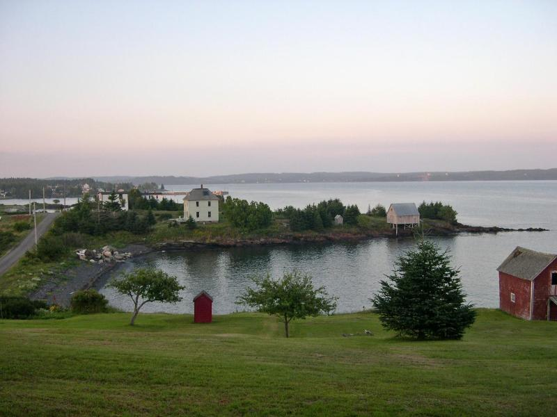 Oceanfront, So. Shore, Lunenburg Co., Nova Scotia, holiday rental in Port Medway