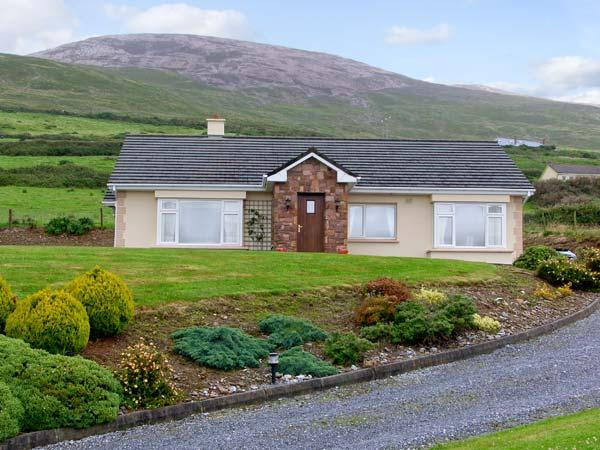 HERON'S NEST , family friendly, with a garden in Inch, County Kerry, Ref 4685, alquiler vacacional en Annascaul