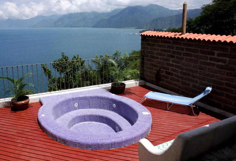 2 Luxurious Villas Perched Above Lake Atitlan, holiday rental in Santa Catarina Palopo