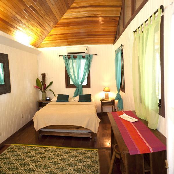 2 bedrooms with tall ceilings, restored original hard wood floors, 2 baths, and modern amenities.