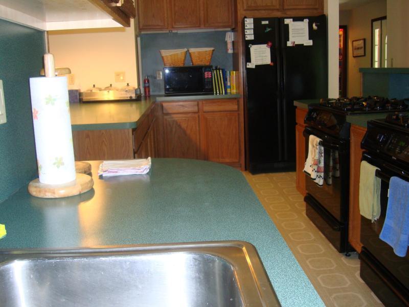 Moderne Geräte, 2 Kühlschränke, Komfort rundum