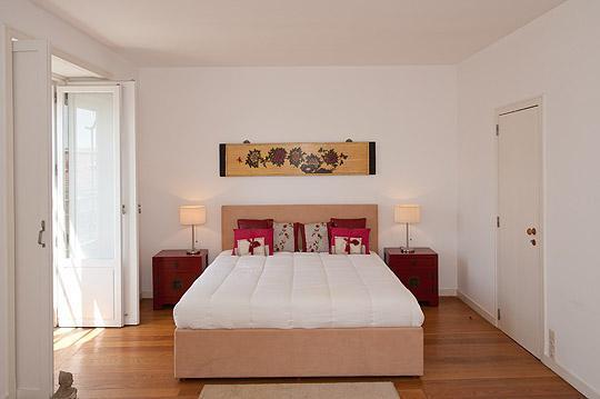 Chambre à coucher avec lit king size