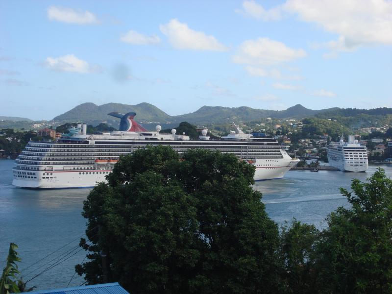 LA MARGUERITE - cruise ships at berth