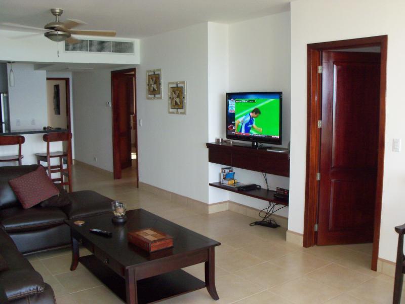Disfrutar de TV por Cable - y un asiento cómodo después de un día en la playa
