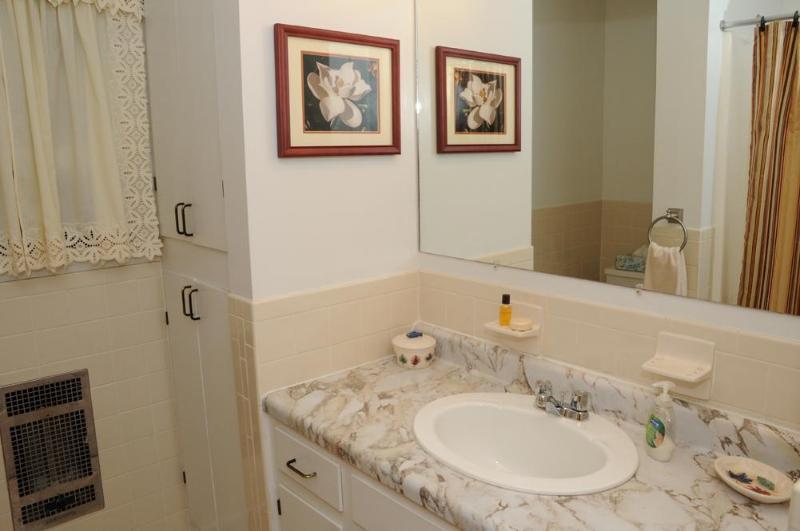 Full Hall Bath includes; hand towel, bath mat, soap & shampoo, 2 rolls of toilet paper