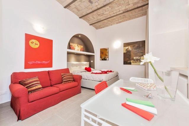 Statilia Red Studio