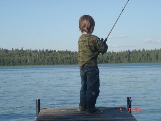 Beautiful Emma Lake Cabin Rental... Sleeps 10, holiday rental in Saskatchewan