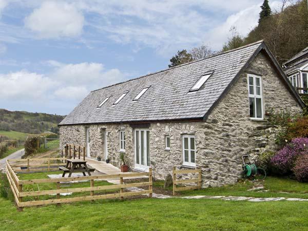 BRONNYDD, TYDDYN YSGUBOR, family friendly, character holiday cottage, with a, location de vacances à Cynwyd