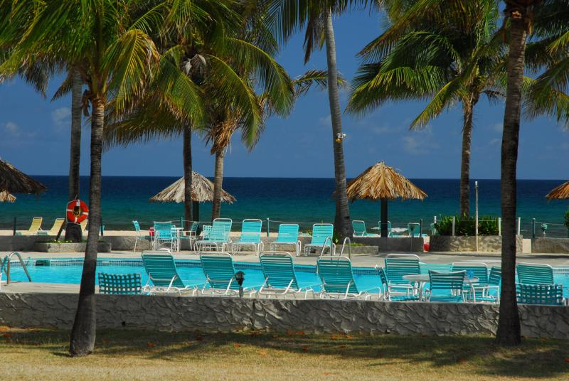 Luxury private 2 BR condo at Gentle Winds, holiday rental in St. Croix