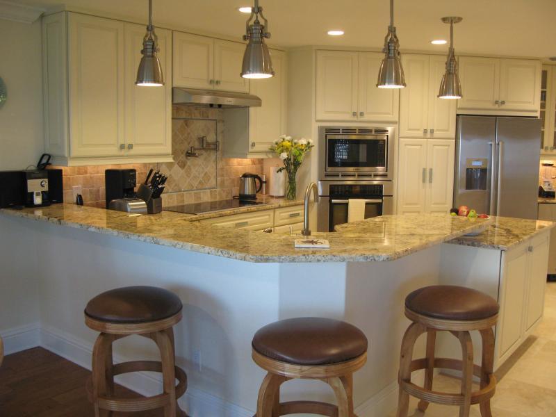 luxury kitchen, granite tops, stainless steel bosch appliances