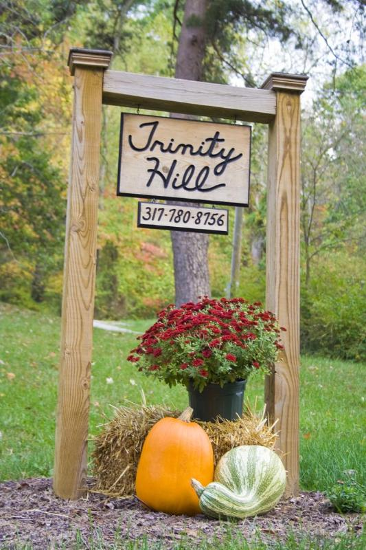 Trinity Hill Sign
