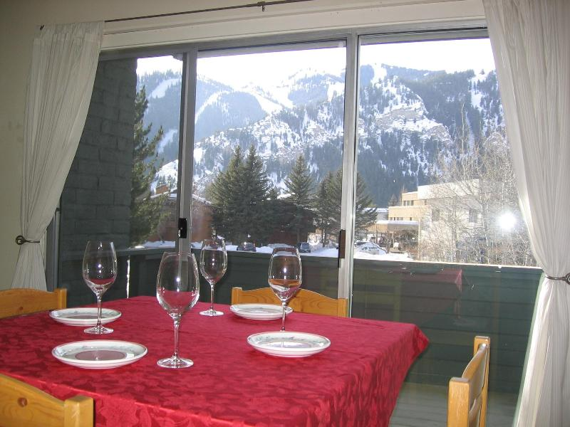 Perfect for 1 or 2 in Downtown Ketchum, vacation rental in Ketchum