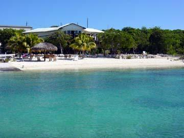Grotto Bay - Affordable Luxury On A Private Beach!, casa vacanza a Salt Pond