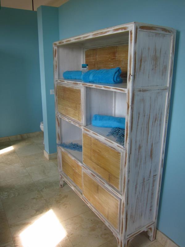 Towel storage in upstairs master bath