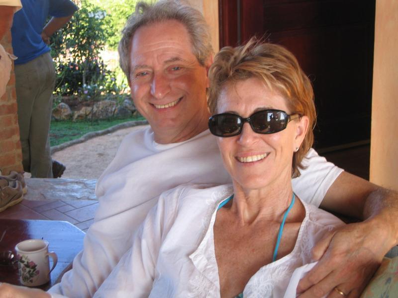 Sus anfitriones-Kristy & John
