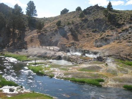 Local hike - Hot Creek geothermal area