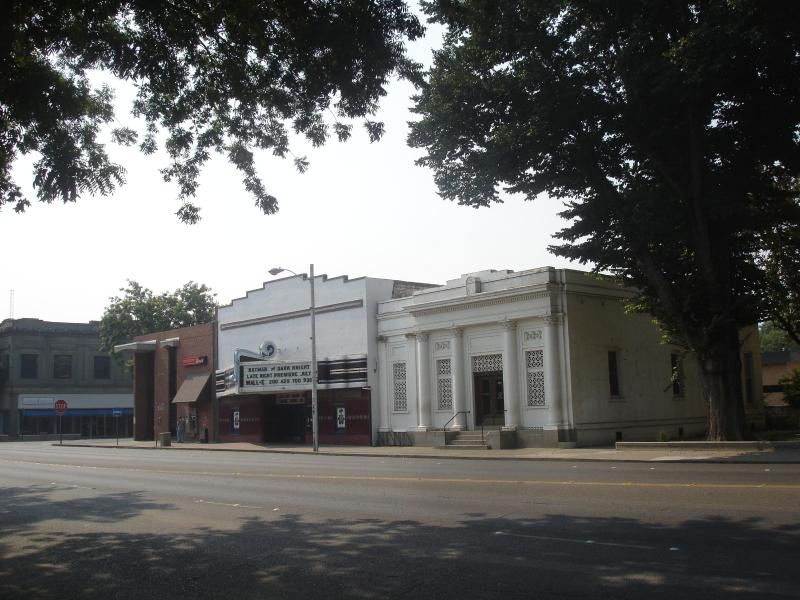Beautifully restored movie theater is 3 blocks from Jay House