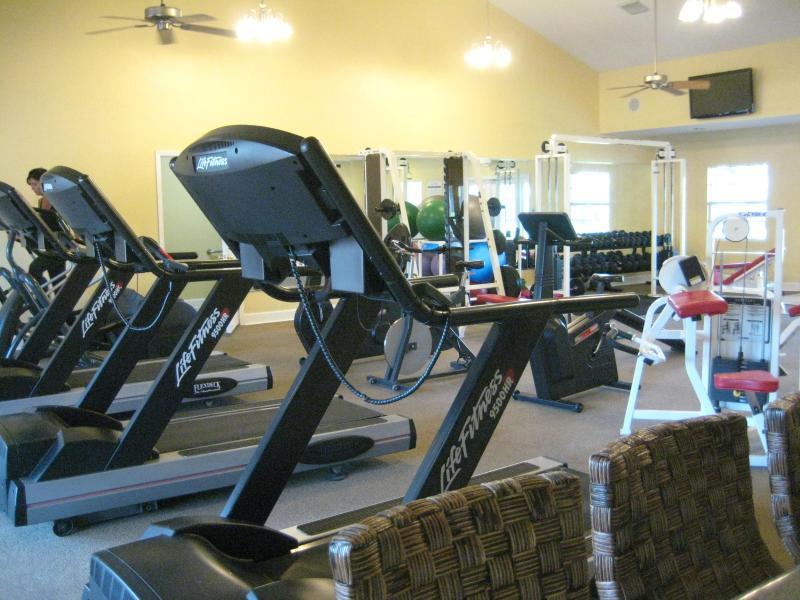 Fitness center-dal 2 ° piscina