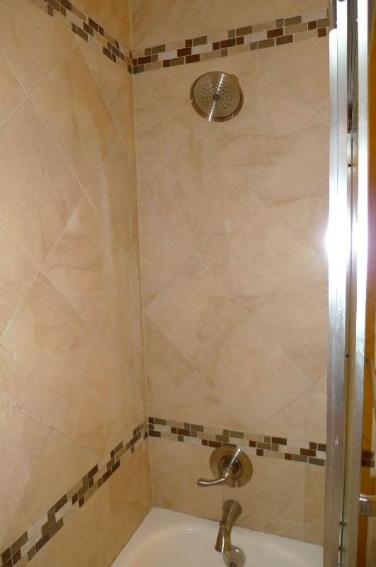 2nd Floor Bath/Shower